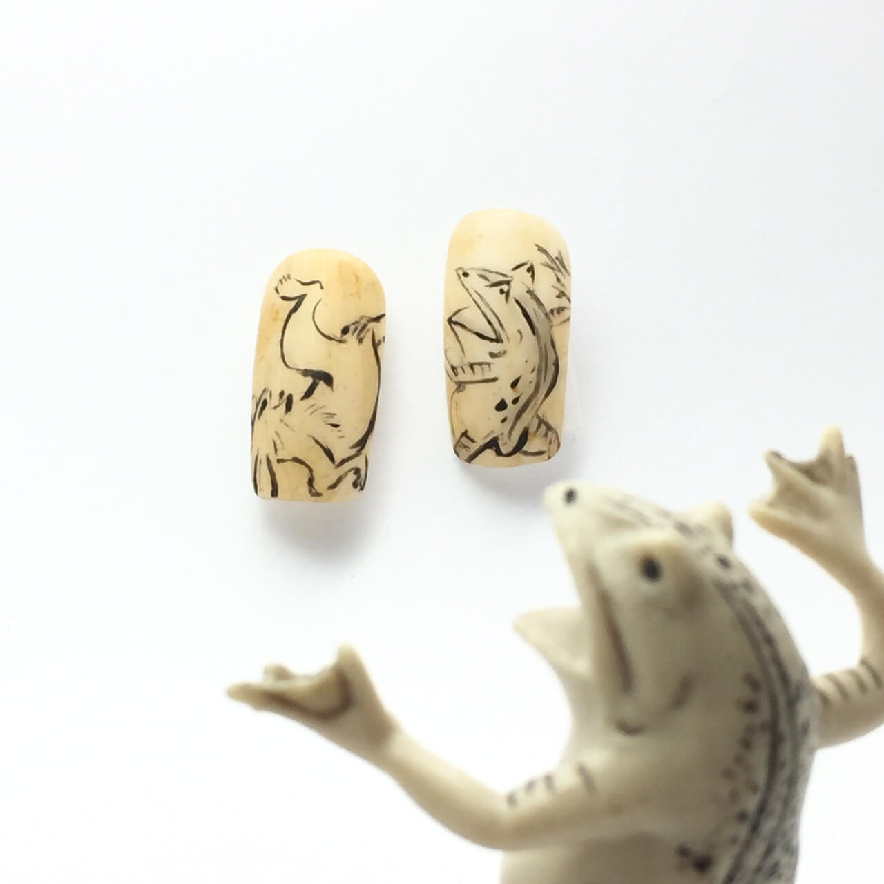 【鳥獣人物戯画ネイル】カエルとウサギ